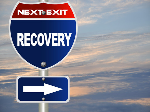 sign pointing toward recovery - addiction recovery in Oregon